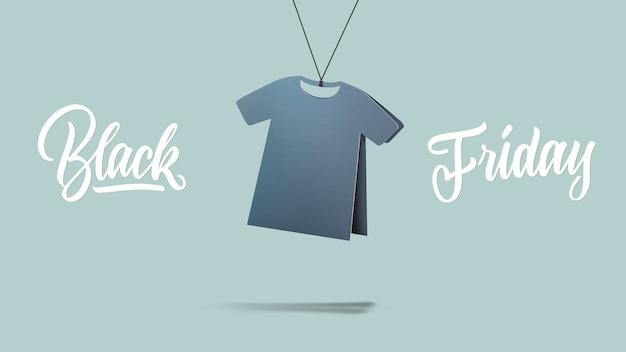 Etikettiertes t-shirt aus pappe