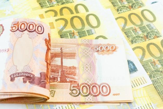 Euro, rubel banknoten