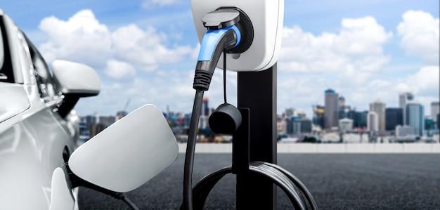 Ev-ladestation für elektroautos im konzept von grüner energie und öko-reisen