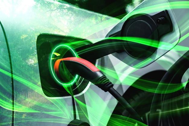 Ev-ladestation für elektroautos im konzept von grüner energie und ökostrom