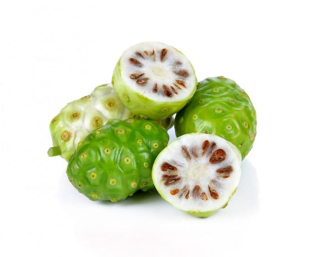Exotische früchte - noni