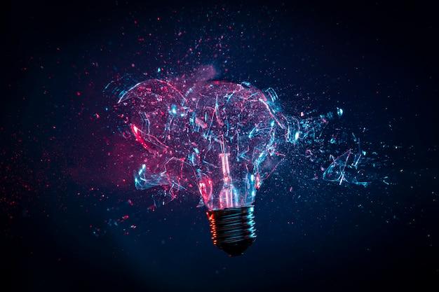 Explosion von glühbirnenglas