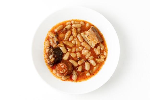 Fabada asturiana, gekochte bohnen.