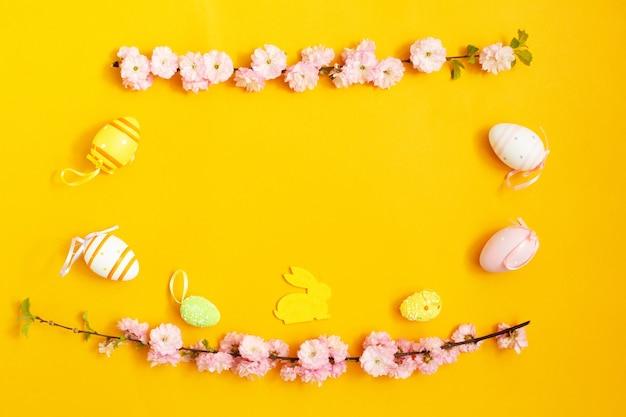 Färben sie ostereier, osterhasen und magnolienzweig auf