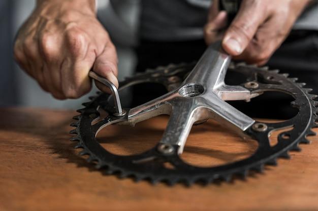 Fahrradkreation in der werkstatt
