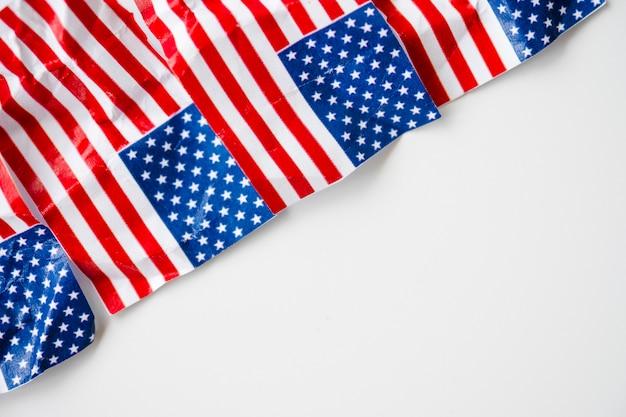 Falte flagge der vereinigten staaten von amerika oder der usa.