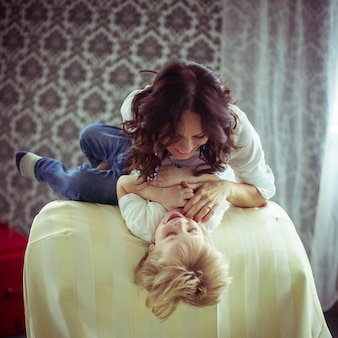 Familie menschliche mama kinderfreundlich