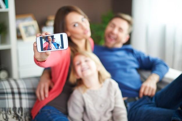 Familien-selfie, wenn wir zeit miteinander verbringen