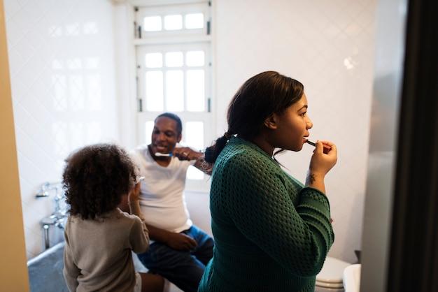 Familienhaus-morgenprogramm afrikanischer abstammung