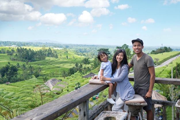 Familienurlaub mit tropischer insel
