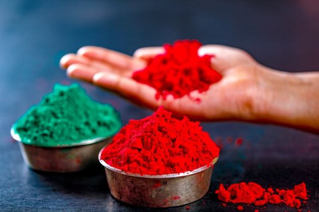 Farbe in der hand, indisches festival holi