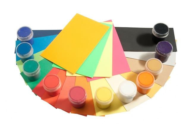 Farben und farbiges papier