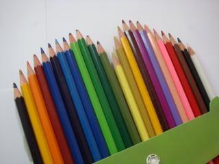 Farbstiften, farbig, viele