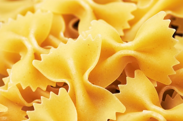 Farfalle verbeugt italienische pasta