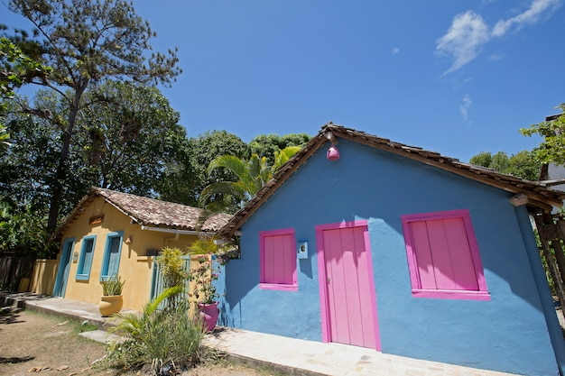 Fassade von häusern von qadrado-quadrat, bahia