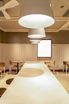 Fast-food-restaurant werbung leuchtkasten hintergrund