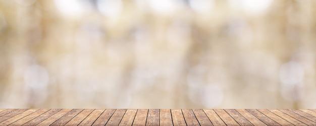 Feder. naturfarbe holz sonnenlichthintergründe auf tischholzhintergründen
