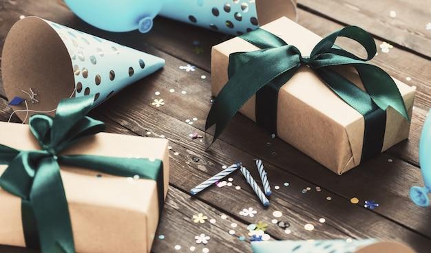 Feierkonzept mit festlicher box mit bogen
