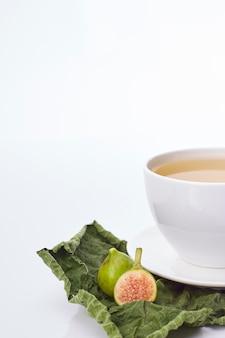 Feigenblatt tee mit verschiedenen vorteilen