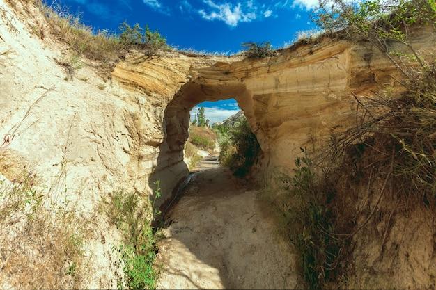 Felsformation in der nähe von göreme, kappadokien-türkei