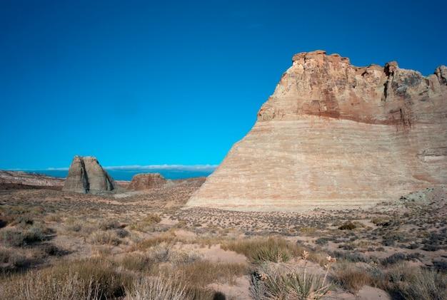 Felsformationen in einer wüste, utah, usa