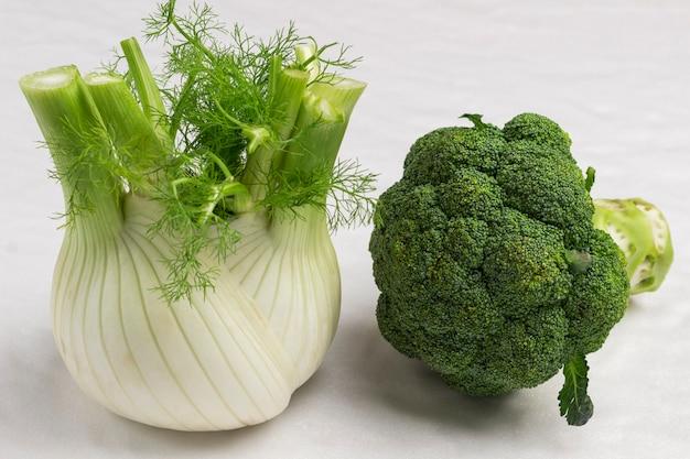 Fenchel und brokkoli. nahansicht