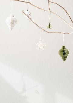 Festliche weihnachtsgrußkarte mit designfläche