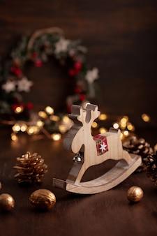 Festliche weihnachtsweinlesedekoration