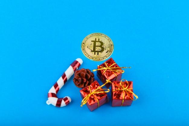 Festliches konzept der bitcoins. bitcoin und weihnachten.