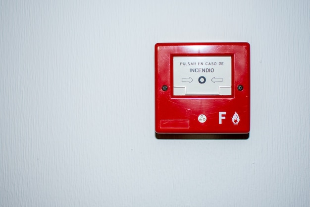 Feueralarm-taster