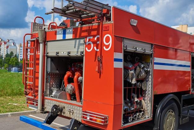 Feuerwehrauto in alarmbereitschaft