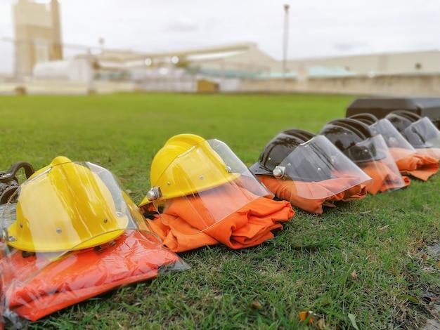 Feuerwehrmann-werkzeuge feuerlöscher und -schlauch, zubehör und ausrüstung für die brandbekämpfung