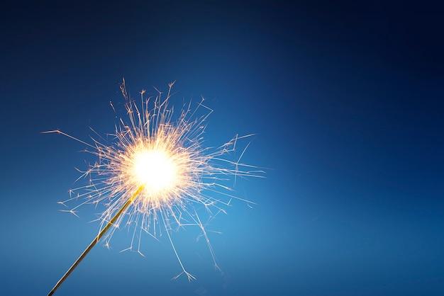 Feuerwerk bleibt beim feuer