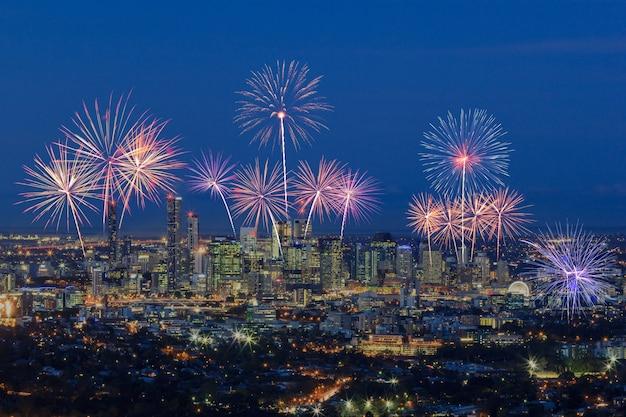 Feuerwerk über brisbane city