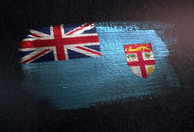Fidschi-flagge gemacht von der metallischen bürsten-farbe auf dunkler wand des schmutzes