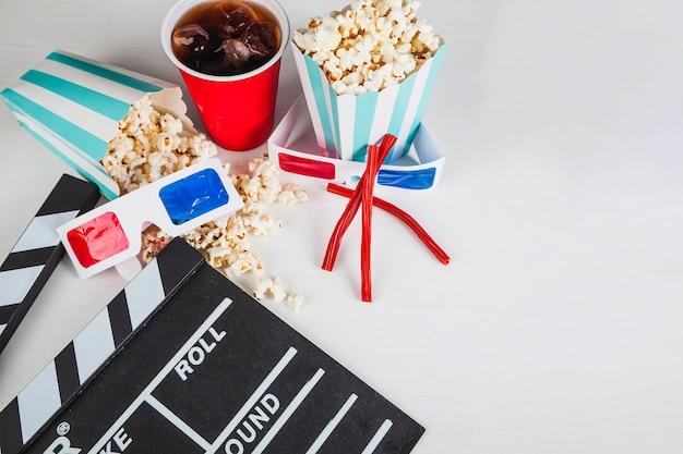 Filmklappe, 3d-brille und kino-essen