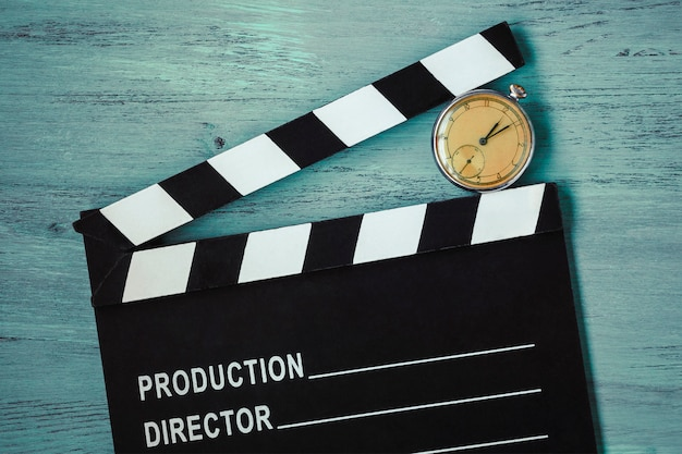 Filmklappe und uhr