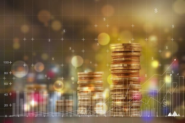 Finanz- und geschäftskonzept: doppelbelichtung mit geschäftsdiagrammen und anordnen von reihen mit zunehmenden münzen. zeigt eine steigerung des wachstums des finanzgeschäfts oder der umsatzleistung