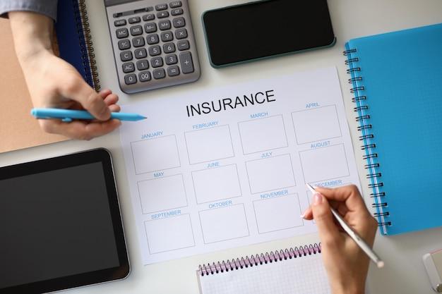 Finanzplanung und versicherungsprognose