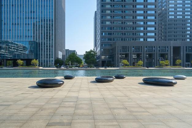 Finanzplatz und bürogebäude in ningbo, china