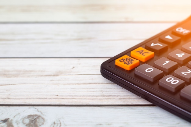 Finanzsteuer und gewinn auf taschenrechner