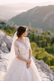 Fineart-hochzeitsfoto in montenegro berg lovchen