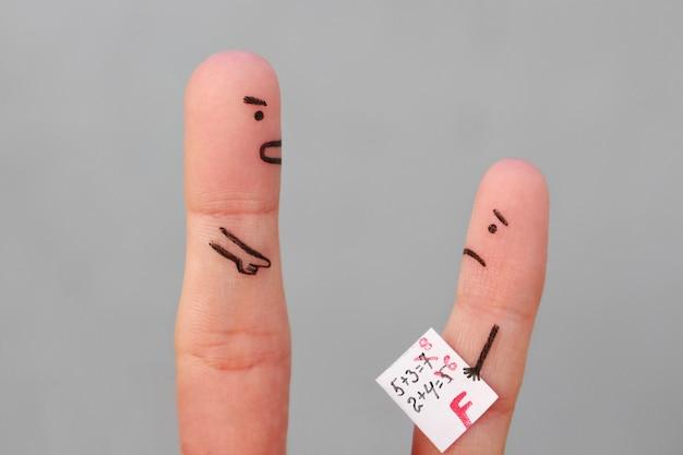 Fingerkunst des jungen mit schlechter note