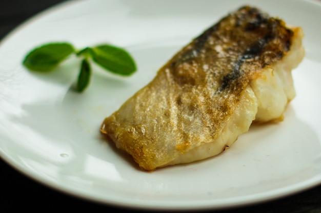 Fisch, gebratene meeresfrüchte