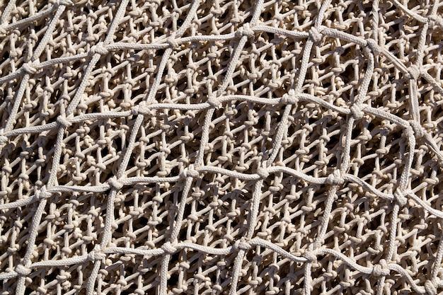 Fischernetze und ausrüstung in andratx hafen von mallorca