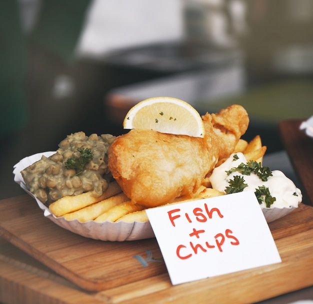 Fischfilet mit französisch frites