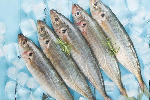 Fischmakrele - reismakrele mit und gewürzen