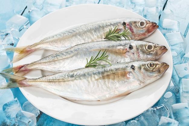 Fischmakrele, reismakrele und gewürze