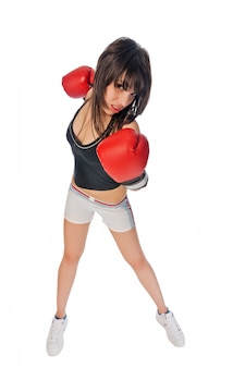 Fit mädchen mit boxhandschuhen
