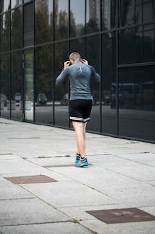 Fitness junge läuft